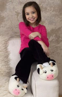 Free Cow Slippers Crochet Pattern.. Love Them