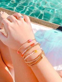 Preppy Bracelets, Summer Bracelets, Summer Jewelry, Trendy Jewelry, Cute Jewelry, Jewelry Crafts, Fashion Jewelry, Bead Jewellery, Beaded Jewelry