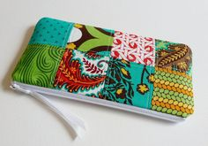 Long Zipper Pouch Pencil Case Wallet Quilted von PinkLadyDesigns, $13.00