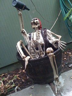 """- Lord Dave - The Drinking Pirate Halloween Prop Used a """"Barney"""" skeleton so I could hide the tubing inside the arm. Boo Halloween, Humour Halloween, Fete Halloween, Outdoor Halloween, Holidays Halloween, Halloween Themes, Pirate Halloween Decorations, Vintage Halloween, Halloween Yard Ideas"""