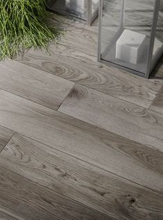 Wood effect and hardwood porcelain stoneware: discover all the effects - Marazzi 7271 Refinishing Hardwood Floors, Wood Tile Floors, Wood Look Tile, Kitchen Flooring, Kitchen Dining, Modern Flooring, Outdoor Tiles, Wood Architecture, Floor Colors
