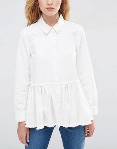 Image 3 - ASOS - Chemise plissée en jean coupe taille basse avec ourlet brut - Blanc