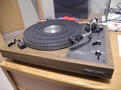 Vintage Audio Love Realistic Turntable   .....................................Please save this pin.   ............................................................. Click on the following link!.. http://www.ebay.com/usr/prestige_online