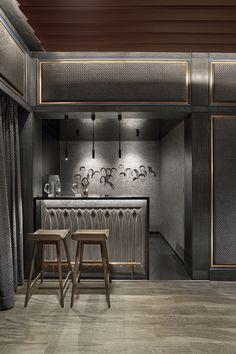 Bar Counter Design, Bar Unit, Luxury Bar, Modern Color Schemes, Home Theater Rooms, Cinema Room, Home Bar Designs, Granite Flooring, Exposed Concrete