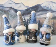 Wood Peg Dolls, Clothespin Dolls, Felt Diy, Felt Crafts, Needle Felting Kits, Wool Felting, Hair Yarn, Needle Felted Ornaments, Gnome Tutorial