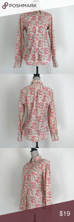 American Eagle Outfitters FavoriteFit Floral Shirt American Eagle Outfitters Favorite Fit floral button down shirt.  100% cotton. EUC American Eagle Outfitters Tops Button Down Shirts