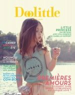 Photography by Melanie Rodriguez Magazine Vogue, Fashion Magazine Cover, Magazine Covers, Isabelle Huppert, Little Princess, French Online, Magazines For Kids, I Love Paris, Kids Lighting
