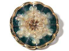 (1) 27mm Rare antique Victorian Czech fancy gold gilt lacy glass flower button