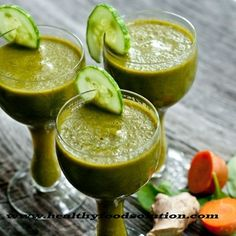 Gastritis smoothie-6 carrots. 2 celery, 1/2 cup of spinach.