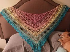 Free pattern for this beautiful Edlothia Shawl at Ravelry.com