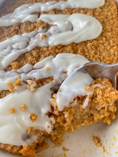 Sweet Potato Baked Oatmeal with Cream Cheese Frosting is a perfect Thanksgiving or Christmas brunch meal! #bakedoatmeal #holidaybreakfast #holidaybrunch - Peanut Butter and Jilly Vegan Cream Cheese, Cream Cheese Frosting, Vegan Butter, Peanut Butter, Vegan Carrot Cakes, Potato Puree, Apple Bread, Baked Oatmeal, Vegan Pumpkin