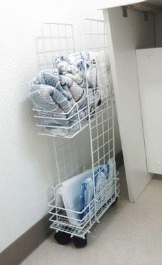 洗面所の隙間にタオル籠