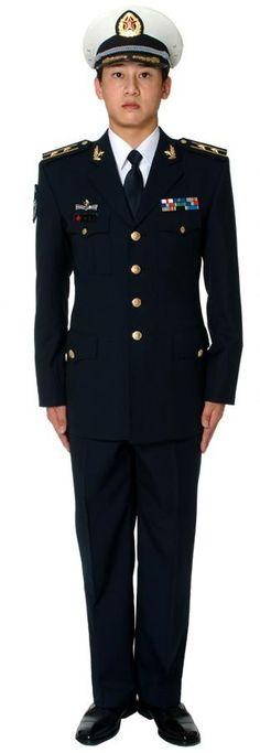 中国人民解放军07式海軍軍官常服 / Type 07 officers' service uniform of the Chinese PLA Navy