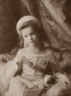 Seven-year-old Tatiana Romanov dressed in traditional court dress for the occasion of the christening of her little brother, Alexei Nikolaevich Romanov in Looks like they did a really accurate dress for the movie Anastasia! Anastasia, Tatiana Romanov, Romanov Sisters, Grand Duchess Olga, House Of Romanov, Tsar Nicholas, Imperial Russia, European History, American History