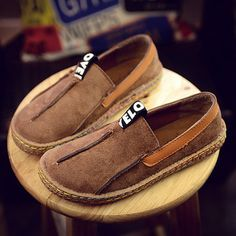I love those fashionable and beautiful Flat & Loafers from Newchic.com. Find…