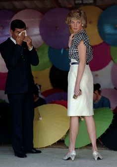 February 5, 1988: Princess Diana at an umbrella factory in Chiang Mai during an official visit to Thailand.
