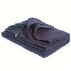 electric heating blanket for the car!!!! Need this for early winter mornings