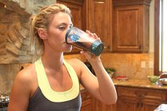 12 Protein Shake Recipes (each containing 25-50 g. protein). and THEY are YUMMY.