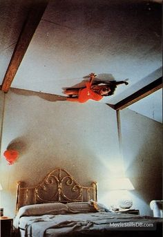 Poltergeist - Publicity still of JoBeth Williams Scary Movie Characters, Scary Movies, Great Movies, Comedy Movies, Film Movie, Films, Poltergeist 1982, Jobeth Williams, Amblin Entertainment