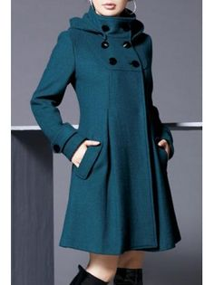 Could continue the pleats down like this on my maternity swing coat when I'm done having babies