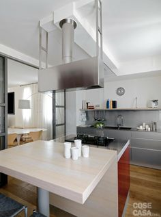 Una casa con zona giorno open space e camera sottotetto on Pinterest  Arreda...