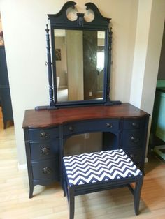 Vanity with bench.  www.facebook.com/olcountrychic