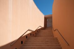 Champalimaud Center for the Unknown / Charles Correa / Lisbon PT Photography by Francisco Nogueira / www.francisconogu... #architecture #charlescorrea #lisbon #portugal #photography
