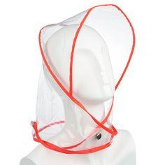 Κουκούλα με γείσο από διαφανές αδιάβροχο πλαστικό που δένει σαν μαντήλι με τρουκ και διαφανή κουμπία.  Αδιάβροχη 100%.