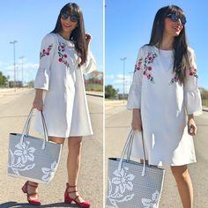 white dress - Temporada: Primavera-Verano - Tags: look, ootd, fashion, moda, streetstyle - Descripción: look lady con vestido blanco bordado #FashionOlé