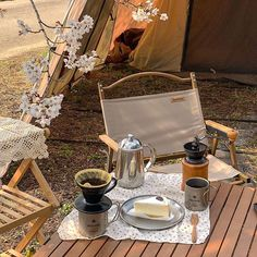 Camping Style, Go Camping, Outdoor Camping, Camping Furniture, Camping Coffee, Camping Photography, Life Is Good, Picnic, Scenery