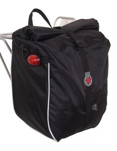 Banjo Brothers Waterproof An affordable waterproof pannier for commuting or light touring. An affordable waterproof pannier for commuting or light touring. Bike Panniers, Cargo Rack, Bike Bag, Bicycle Accessories, Banjo, Cool Names, Brother, Trunks