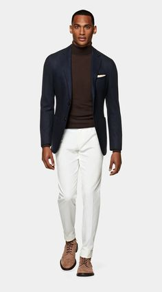 Mens White Trousers, Blazer Fashion, Mens Fashion, Navy Overcoat, Men Wearing Dresses, Casual Shirts, Casual Outfits, Suit Supply, Vogue