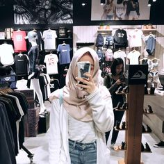 Hijab Style, Casual Hijab Outfit, Ootd Hijab, Hijab Chic, Girl Hijab, Casual Outfits, Fashion Outfits, Womens Fashion, Muslim Women