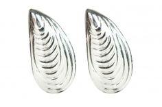 925 silver earrings with seashells. 925 Silver Earrings, Gemstone Rings, Gemstones, Jewellery, Jewels, Jewelry Shop, Schmuck, Gems, Jewelry Rings