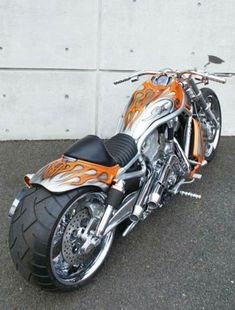 I really don't like the V Rod....but this bastard is SWEET!!