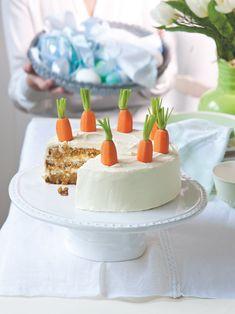 Veselý, šťavnatý, plný čerstvé mrkve... Vanilla Cake, Baking, Desserts, Food, Tailgate Desserts, Deserts, Bakken, Essen, Postres