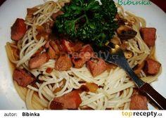 Špagety s uzeným masem a žampiony recept - TopRecepty.cz