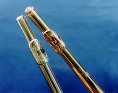 I would LOVE to get my flute engraved like this!