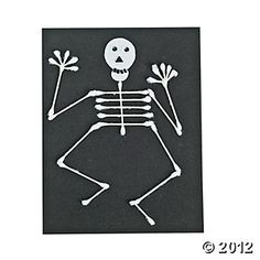 Cotton Swab Skeleton - Free-N-Fun Halloween from Oriental Trading Easy Halloween Crafts, Holidays Halloween, Fall Crafts, Holiday Crafts, Halloween Decorations, Halloween Party, Crafts For Kids, Toddler Crafts, Skeleton Craft