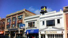 Andersonville : Chicago's HistoricSwedish Neighborhood photo:Chicago Architecture