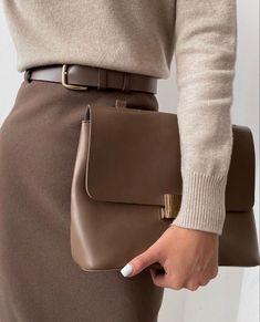 Fall Fashion Tips .Fall Fashion Tips Fashion Mode, Office Fashion, Work Fashion, Modest Fashion, Fashion Looks, Style Fashion, Color Fashion, Classy Fashion, Grunge Fashion