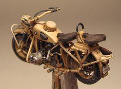 Motorcycle scale model, Lion Roar BMW by Marcel du Long. Military Diorama, Military Art, Miniatur Motor, Bmw R75, Wooden Wheel, Miniature Cars, Model Hobbies, Model Tanks, Military Modelling