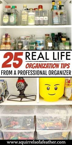 Loved these AMAZING organization tips from a professional organizer. So great to see real people decluttering and organizing methods. She talks a little bit about the KonMari method but also easy organizing ideas. Declutter Books, Declutter Your Home, Organizing Your Home, Organizing Ideas, Decluttering Ideas, Organising Hacks, Organisation Hacks, Garage Organization, Organization Station
