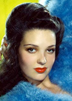 PlanetBarberella's Bipolar express: The evening pictorial: Linda Darnell (and such a view.......)