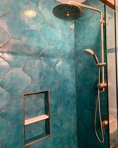 Beautiful Bathrooms, Modern Bathroom, Master Bathroom, Morrocan Bathroom, Moroccan Tiles, Shiplap Bathroom, Minimalist Bathroom, Bathroom Shelves, White Bathroom