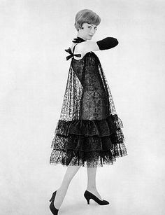 deshistoiresdemode:Lace dress by Balenciaga through the lenses of Philippe Pottier, 1957.