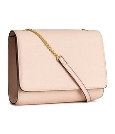 Powder beige faux leather clutch bag with detachable shoulder strap & magnetic flap. | H&M Gifts