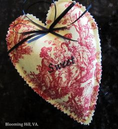 Sweet lavender potpourri-filled valentine from Blooming Hill.