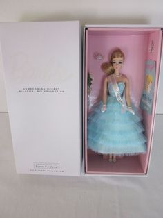 NEW+2015+Fan+Club+Exclusive+HOMECOMING+QUEEN+BARBIE+NRFB+w/+Shipper+#Barbie+#DollswithClothingAccessories $125.