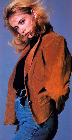 fashion trends Emmanuelle Beart, photographed by Franck Thiery for Elle magazine December 1987 Fashion, 1980s Fashion Trends, 80s And 90s Fashion, Look Fashion, Retro Fashion, Vintage Fashion, Latest Fashion, Spring Fashion, Winter Fashion
